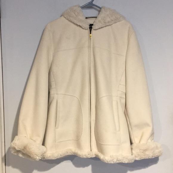 Jones New York Jackets & Blazers - Jones New York cream winter hooded jacket SZ Large